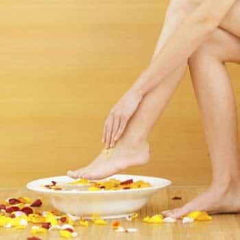 ดูแลเท้า ให้สวยด้วยครีมพอกเท้าทำเอง